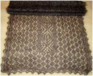 Тёмно-серый палантин среднего размера пуховый