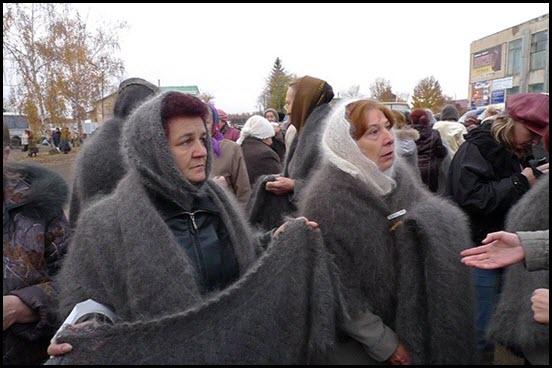 Саракташский рынок пуховых платков