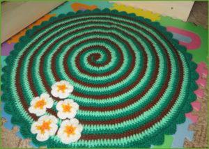 Зелёный коврик