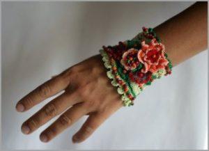 Зелёный браслет
