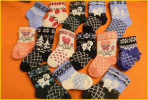 Красочные детские носки