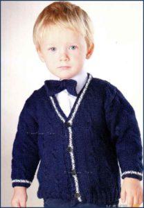Маленький модник в джемпере и галстуке