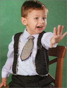 Малыш в жилете и галстуке