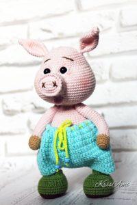 Вязаный свин