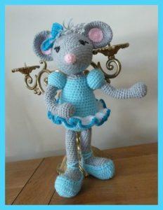 Крыса танцует